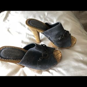 Jacobies Shoes - Jacobies  gray platform mules  fabric wood   5.5